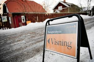 På Lantmäteriets lista över de senast genomförda fastighetsaffärerna så såldes villor för miljonbelopp i 13 av Dalarnas 15 kommuner.