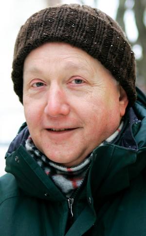 Jim Copley,…66 år, Östersund:– Ja, semlor kanske. Men det är bara en gång per år så det är inte så farligt. Det är lite trist att de börjar sälja semlor i januari. Det är som att ha julgran fram till påsk.