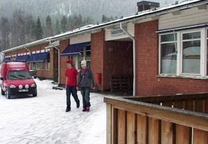 Högstadiet i Rätan är på nytt i farozonen. Antalet elever i årskurserna 7-9 mer än halveras till 2012.