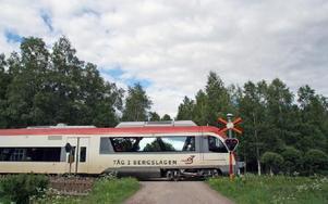 Västerdalsbanan har enligt uppgifter som Leif Lindström fått på sitt bord runt 1 700 dokumenterade säkerhetsfel som inte är åtgärdade.FOTO:LEIF OLSSON