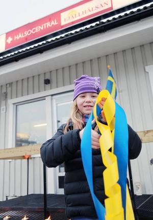 Jennifer Rosén, 8 år, klippte bandet när det var dags att inviga Fjällhälsans filial i Vemdalen