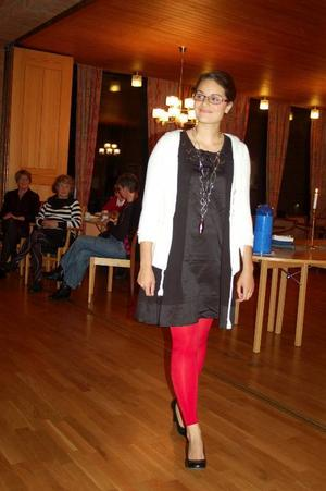 Tunikor, klänningar och leggings håller i sig i  vinterns mode.   Foto: Carin Selldén