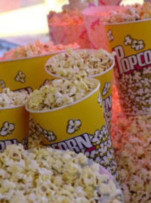Lite popcorn hör alltid till.