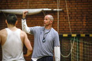 Torbjörn Gehrke vill inte prata så mycket om den svåra starten i årets Basketliga.