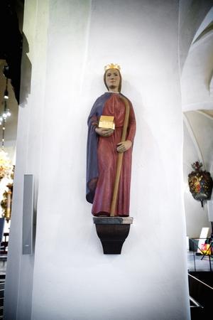 Levde på 1100-talet. S:ta Ragnhild grundade Tälje kyrka och är även skyddshelgon över Söderköping.