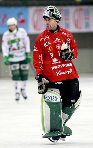 Daniel Kjörling tränar med VSK, men säger att en comeback inte är aktuell.
