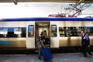 Tågen mellan Sundsvalll och Östersund kan köra snabbare om rälsen rustas upp. Det  kan medföra att betydligt fler väljer tåget som transport.