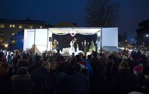 Bilden är från fjolårets bröllop på Sörberges julmarknad.