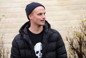 Markus Ståhl vred sönder knät på Bollnäs sista träning innan julafton och missade derbyt mot Edsbyn på annandagen.