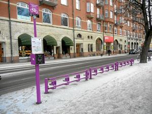 Ödsligt. Hela stan är full av tomma cykelställ. Vad händer med hyrcykelprojektet?Bild: CHRISTINA ERIKSSON