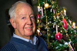 I snart 50 år har Bengt Feldreich spridit julstämning i svenska hem. Nästa år firar han jubileum  – förutsatt att han får behålla hälsan.