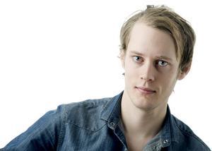 Johan Tollén byter Folkets sportredaktion i Eskilstuna mot Nerikes Allehandas.
