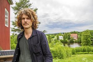 I den tredje konserten från Hälsingland Live är det Pär Engman som spelar.