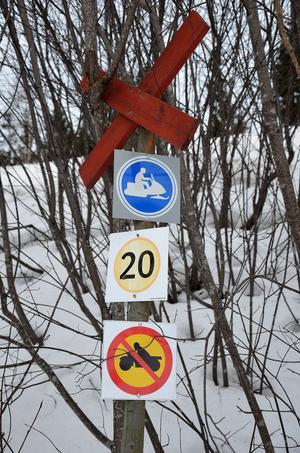 Många skoterförare förstår inte skyltarna, enligt Magnus Widmark.