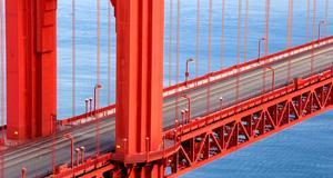 När Golde Gate-bron först presenterades ansågs den som ett under av ingenjörskonst.