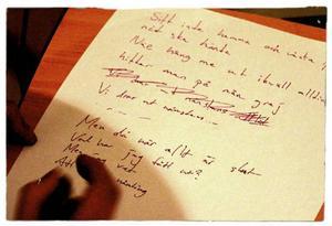 Vissa saker i Noices texter känns för omoderna och har skrivits om för att kännas mer tidsenliga.