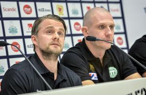 David Karlsson, på bilden bredvid landslagsmålvakten Andreas Bergwall, gjorde landslagscomeback efter fem års frånvaro.