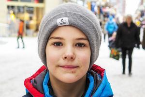 Sam Öhlund, 9 år, Krokom: – Jag vet inte. Jag brukar se ibland, och det är väl bra. Jag gillar Panetoz.
