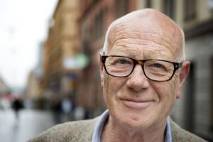 Gert Fylking, skådespelare, journalist, fyller 70 år.