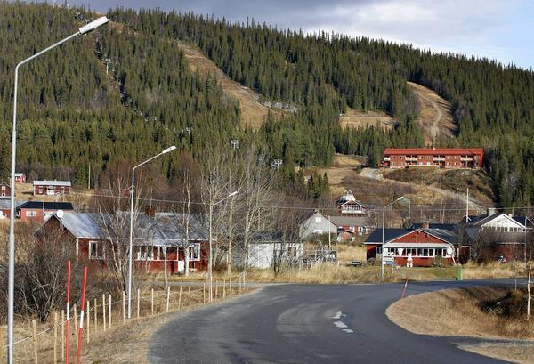 Det finns förutsättningar för ett hotellbygge i anslutning till skidanläggningen i Ljungdalen. Det konstateras i den förstudie som nu är klar.