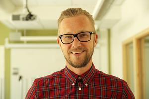 Mikael Sundström, No- och mattelärare på Alirskolan är en av årets nominerade till Guldäpplet.