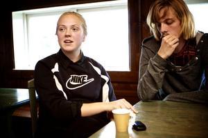 Amanda Karlsson har chansen att bli unik, som den enda av eleverna som under pågående läsår kan byta skola - till en där hon också blev antagen.