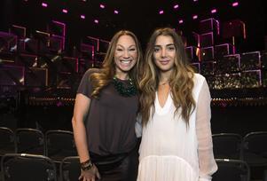 Charlotte Perrelli och Gina Dirawi skulle ha lett deltävlingen i Malmö tillsammans. När det stod klart att Perrelli inte fick vara programledare fick hon en roll som