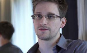 Visselblåsaren Edward Snowden borde erbjudas politisk asyl i Sverige, anser Oli i Bräcke