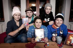 Film i massor gällde på måndagskvällen för de här killarna i Kulan. Från vänster: Fabian Hellman, Pelle Högberg, Bastian Strid, Simon Karlsson och Johannes Holm.