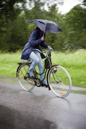 Inte helt lätt att cykla...