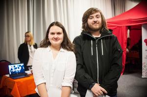 Amanda Balk och Max Forsberg, båda 20 år, hoppades båda hitta jobb på Rekryteringsmässan.