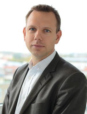Andreas Cederlund, legitimerad tandläkare och sakkunnig itandvård på Socialstyrelsen.