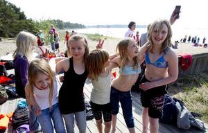 Matilde Stadgård, Ella Timedal, Amanda Rodin, Mina Lindberg och Lisa Nordin Mineur hade jätteroligt ute på Orn.