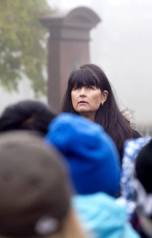 Camilla Rasmussén berättade om kyrkogården, och om rutiner och långsiktig planering.