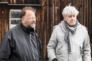 Producent Gösta Lindberg Sax och regissör Hans Klinga smider planer för sommarens teater