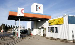 NYTT AVTAL. Torsåkersmacken äger själva bensintankarna som ligger under jord, men får nu stå för kostnaden för nya pumpar.