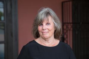 Ninne Olsson är före detta konstnärlig ledare för Oktoberteatern i Södertälje.