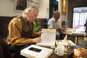 Per Sonerud ger ut boken på eget förlag.