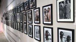 Hela 275 tidigare opublicerade bilder ingår i den storslagna fotoutställningen.