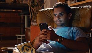 Foto: Netflix via APAziz Ansari som Dev i