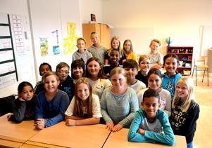 Taggad klass. Nu kör eleverna i klass 4 B på Brännaskolan igång med nyhetsquizet på Allehanda.se.