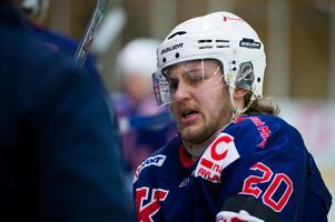 Niklas Wedin, Kovland, fick en smäll och hade ont när han kom till båset.
