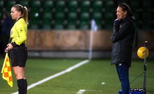 Emma Westlund när Kovland mötte Umeå IK i Svenska Cupen.