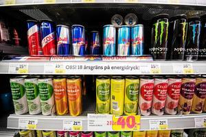 Brå i Säter vill att alla butiker inför 18-årsgräns för försäljning av energidrycker.