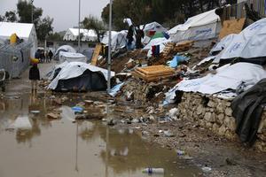 Förhållandena i flyktinglägren i Moria, Lesbos, är svåra.