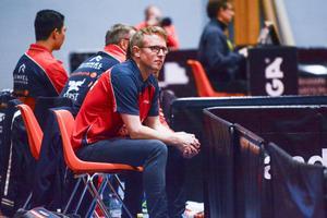 Lite skönare än så här satt Suif-coachen Fredrik Lundqvist när han på tisdagen såg sitt lag slå Kävlinge med stabila 4–1.