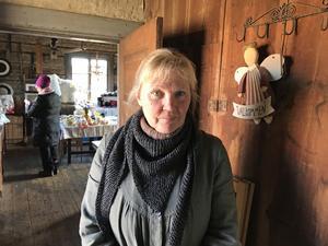 """""""Nu har vi bara haft öppet en timme, men det är redan mycket folk, så jag är nöjd"""", säger Anna-Lena Erstadius."""