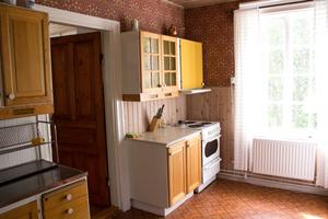 Där står också lärarinnans kök, nästan orört sedan skolan var i bruk.