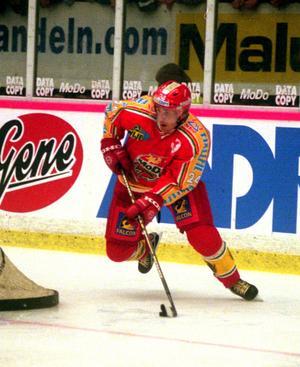 Conny Strömberg i Modotröjan när han spelade med elitserielaget säsongen 1999/2000. Bild: Eleonor Bölenius