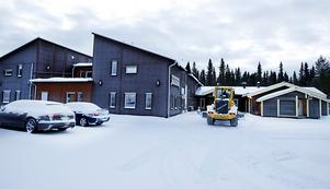 Som hotellägare får man rycka in där det behövs. Här var det plogning efter nattens snöfall som gällde för Berne.